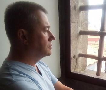recueil,estime-toi heureux,éditions orage-lagune-express©,droits réservés,littérature,poésie,blog littéraire de christian cottet-emard,liberté,revolver,sens des mots,cigare libertad,cigare honduras,christian cottet-emard,électricité,courant,panne électrique