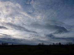 le grand variable,éditions éditinter,christian cottet-emard,temps,nuage,ciel,météo,usine,voiture,puanteur,industrie