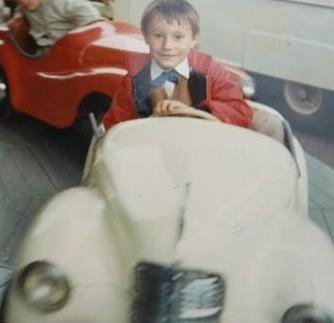 enfance,manège,fête foraine,vogue,auto,voiture,automobile,christian cottet-emard,nostalgie,bon moment,années soixante,belgique